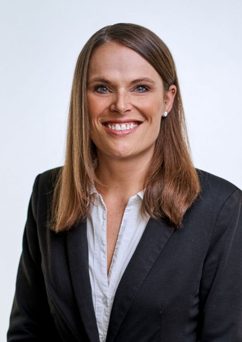 The person depicted is Nicole Bonneschky – Senior Management